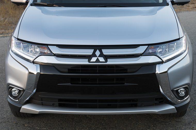 2017 Mitsubishi Outlander Exterior