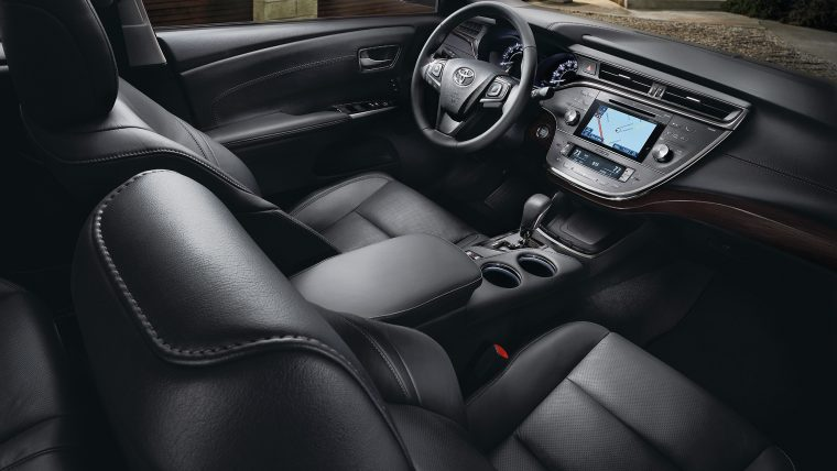 2017 Toyota Avalon Interior