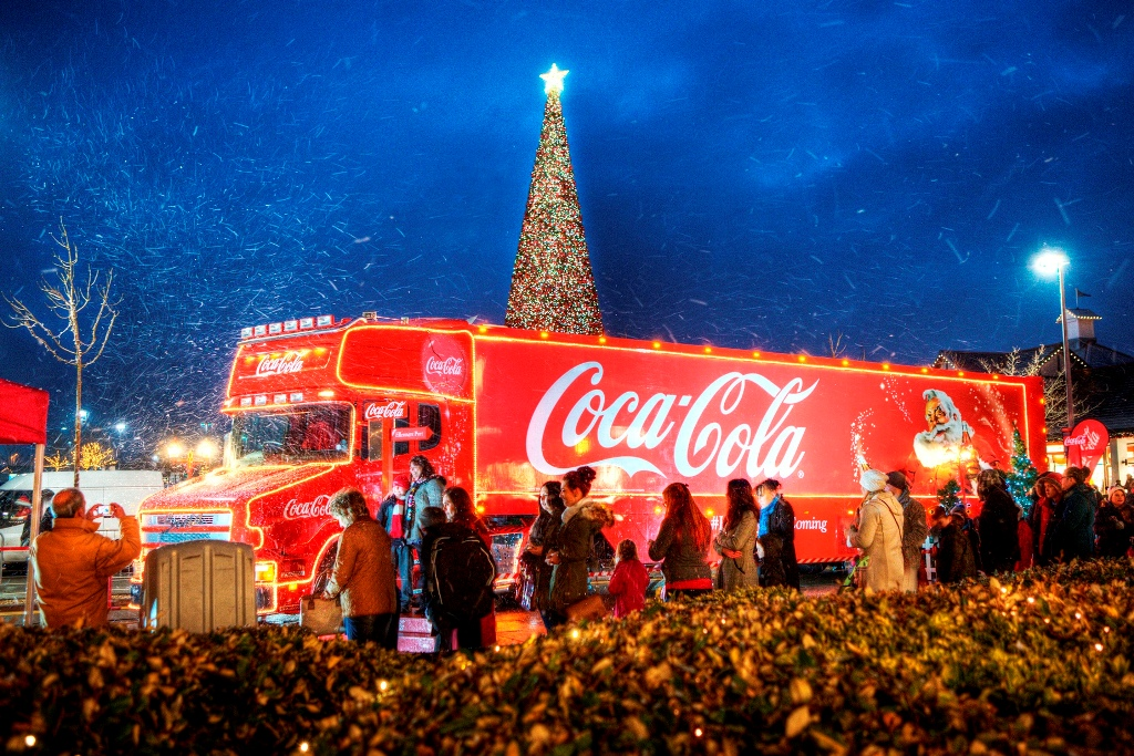 History Of The Coca Cola Christmas Truck A Holiday Tradition On