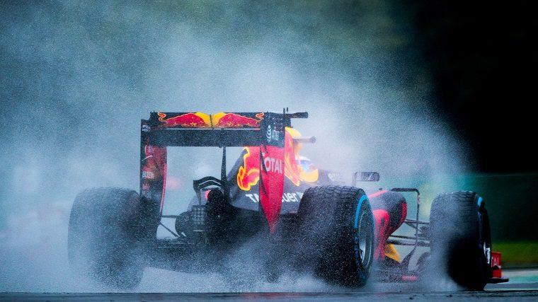 Red Bull F1 car in the rain