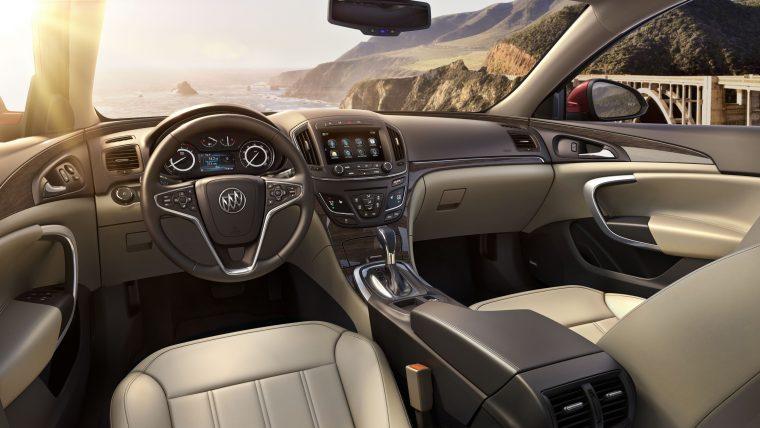 2017 Buick Regal interior