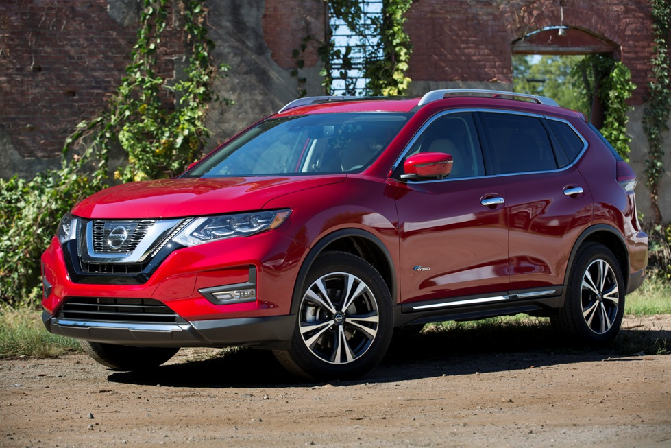 Nissan Rogue Trims >> Nissan's Most Popular Model Gains Standard Emergency ...