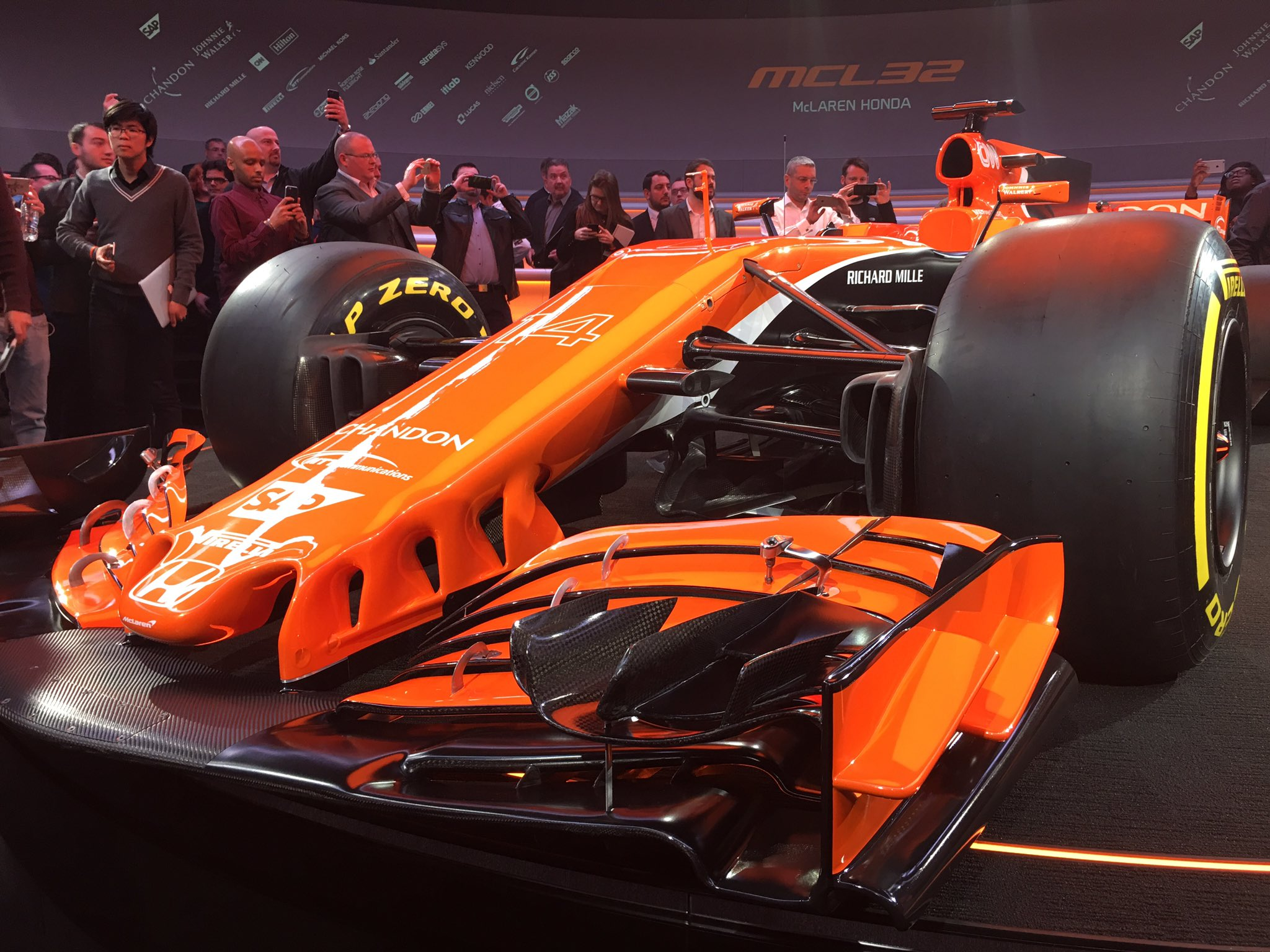 2017 mclaren honda mcl32 the news wheel. Black Bedroom Furniture Sets. Home Design Ideas