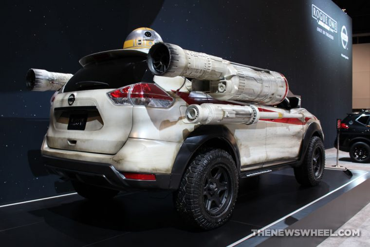 2017 Nissan Rogue Star Wars X-Wing FIghter