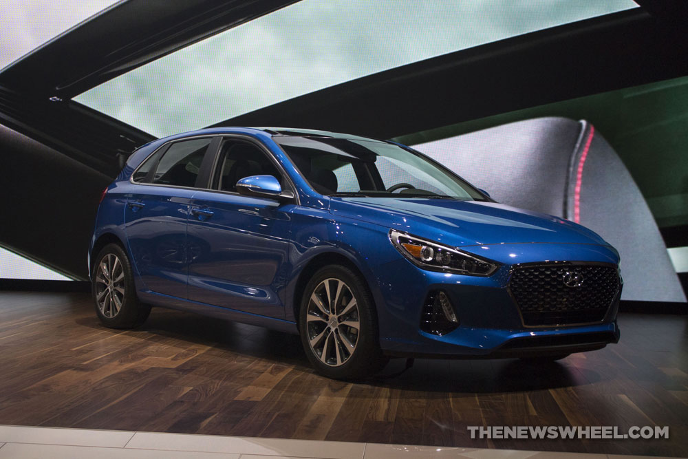 2018 Hyundai Elantra GT blue car reveal Chicago Auto Show