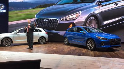 2018 Hyundai Elantra GT reveal at Chicago Auto Show Sport version