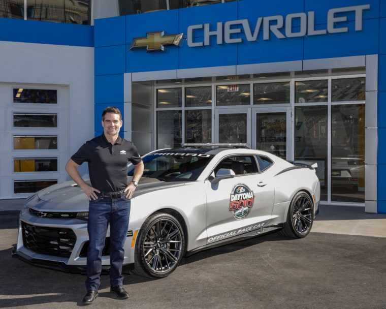 Jeff Gordon poses with 2017 Camaro ZL1 Daytona 500 Pace Car