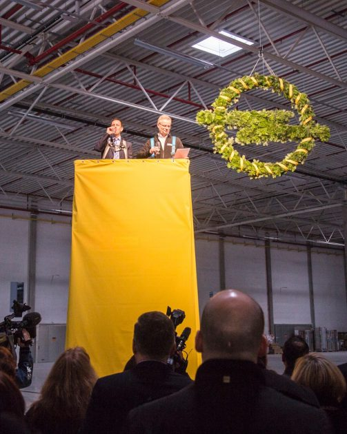 Opel logistics center topping out ceremony Bochum