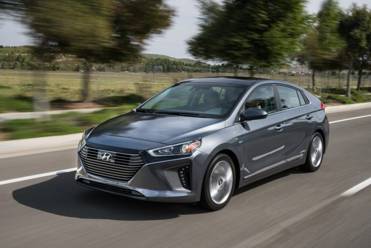 2017 Hyundai Ioniq Hybrid Car Ev Overview Model Information Pictures Changes