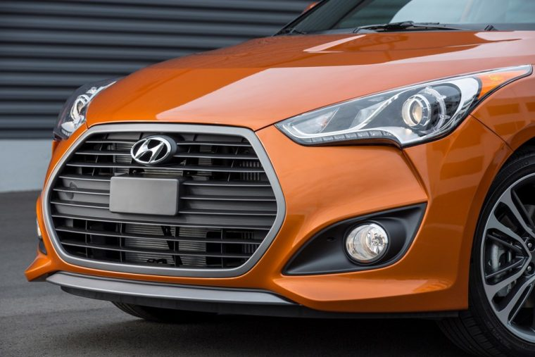 2017 Hyundai Veloster Overview efficiency