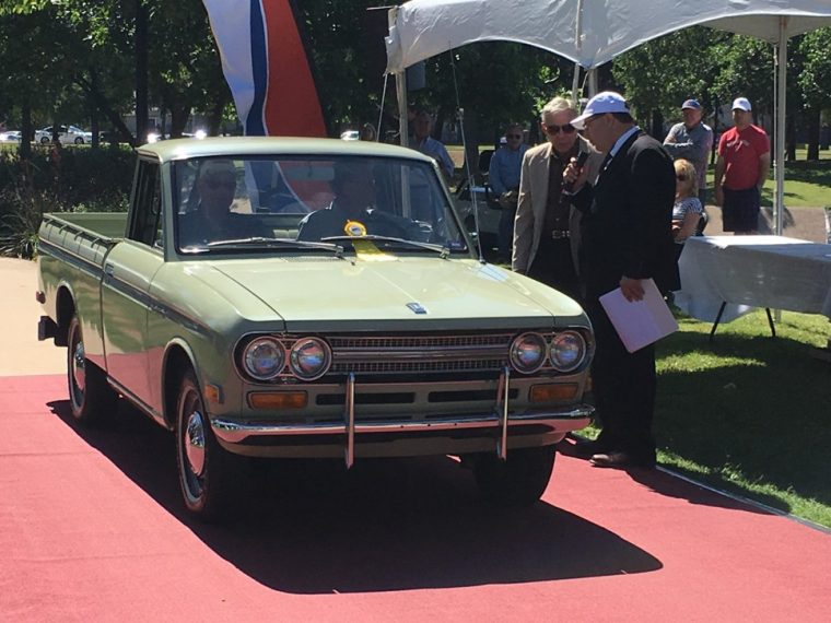 Sweet Pea Datsun Pickup gets its award