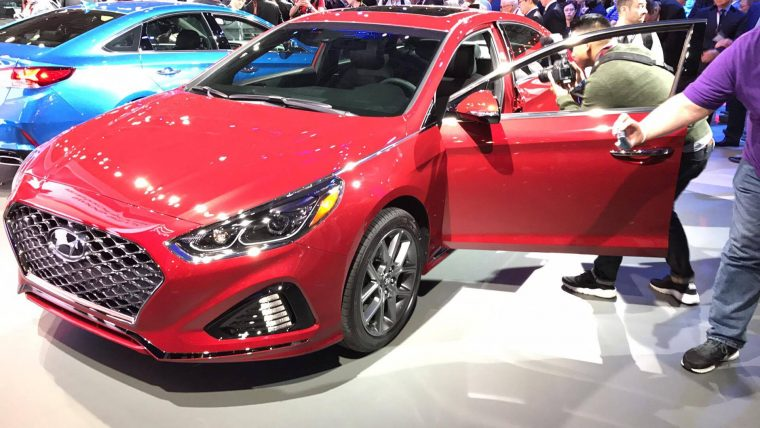 2018 Hyundai Sonata sedan car reveal at 2017 New York International Auto Show model redesign presentation exterior
