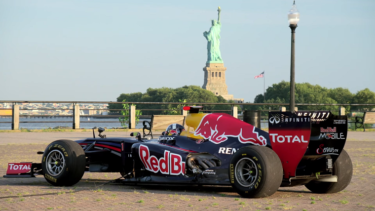 Red Bull RB7 in New York