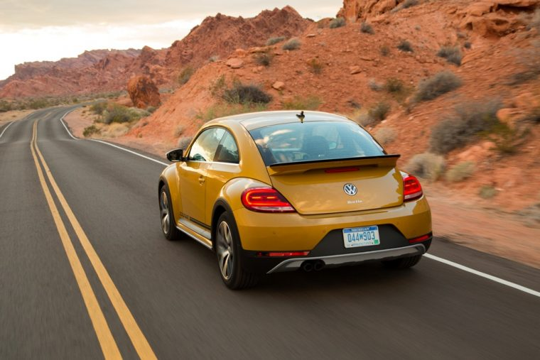 2016 2017 volkswagen Beetle overview Dune Trim Yellow off-road design