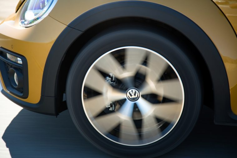 2016 2017 volkswagen Beetle overview Dune Trim Yellow off-road wheels