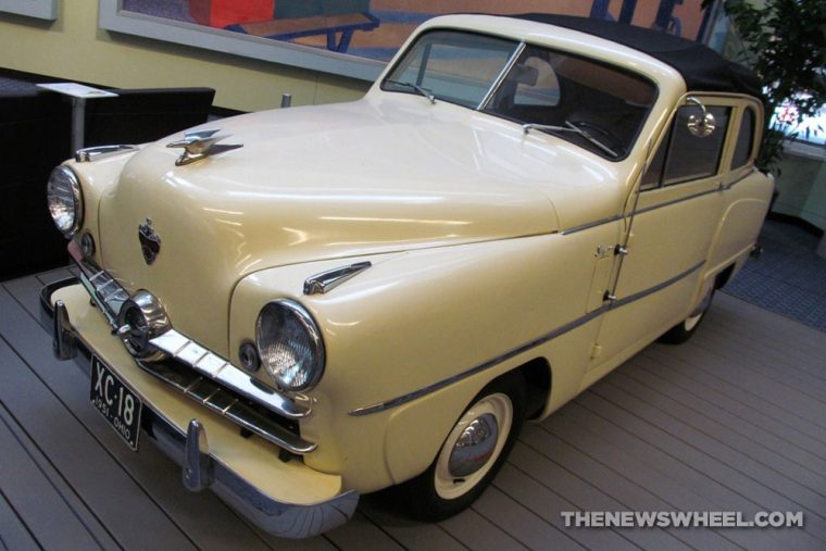 Crosley Motor Corporation Cincinnati Ohio History convertible sedan
