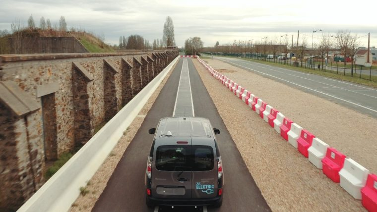 Renault Kangoo EV charging road technology
