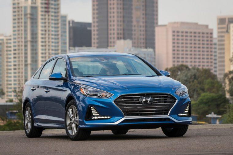 2018 Hyundai Sonata Sedan model overview car specs information front grille