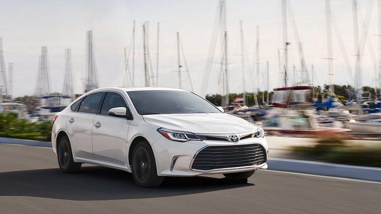 2018 Toyota Avalon exterior