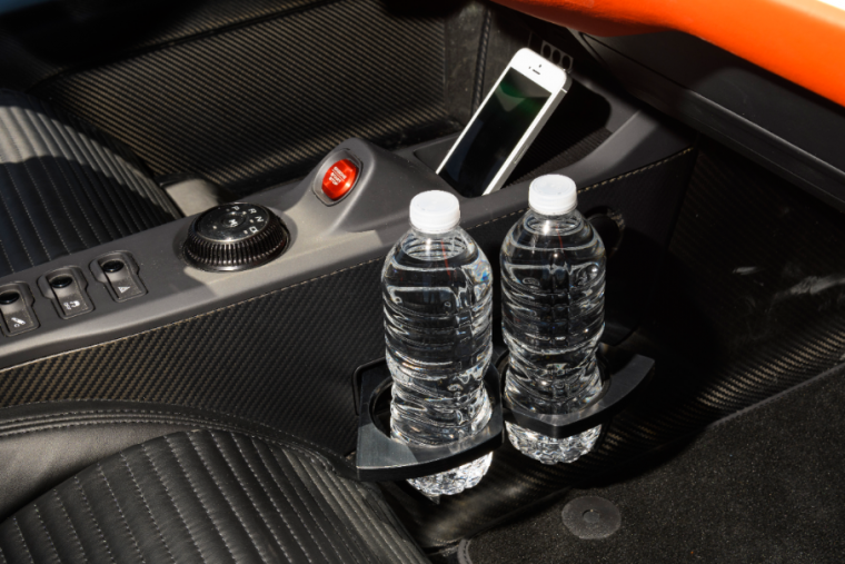 2017 Ford GT holds water bottles