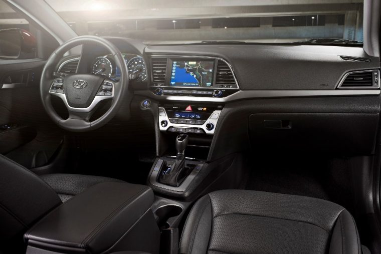 2018 Hyundai Elantra Sedan Overview car model details dashboard