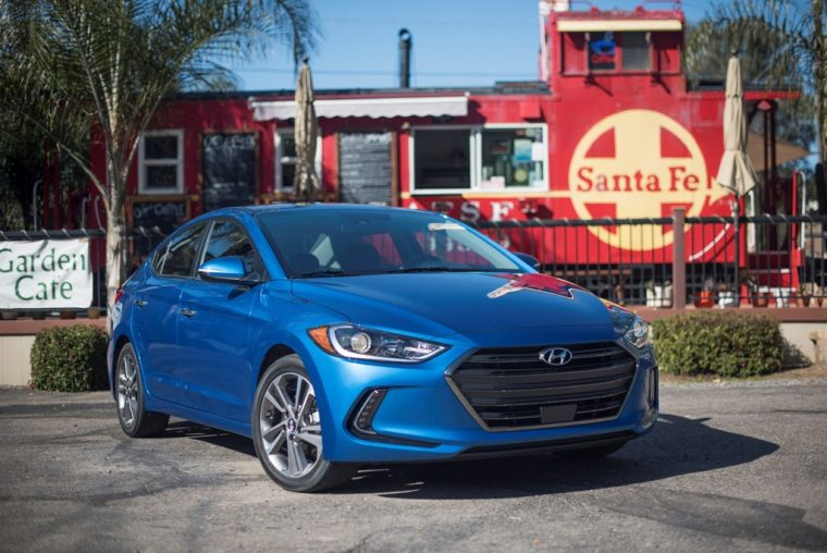 2018 Hyundai Elantra Sedan Overview car model details grille