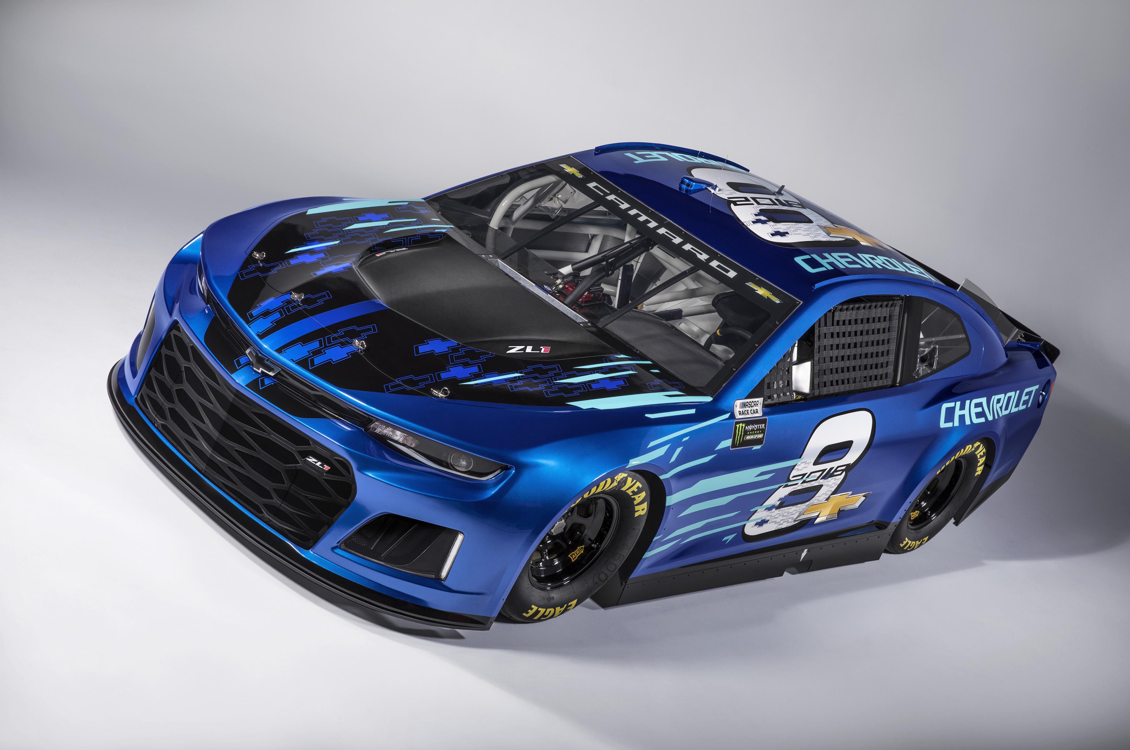 Chevrolet Reveals The 2018 Camaro Zl1 Nascar Cup Race Car The News Wheel