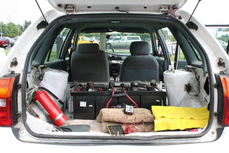 emergency car kit fire extinguisher jumper cables