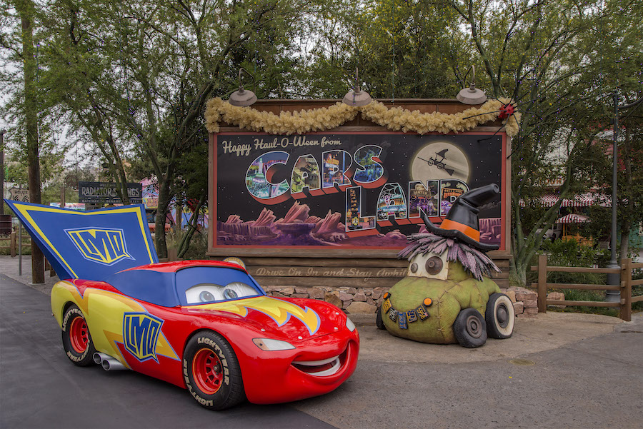"Lightning McQueen and Friends Celebrate ""Haul-O-Ween"" at ..."