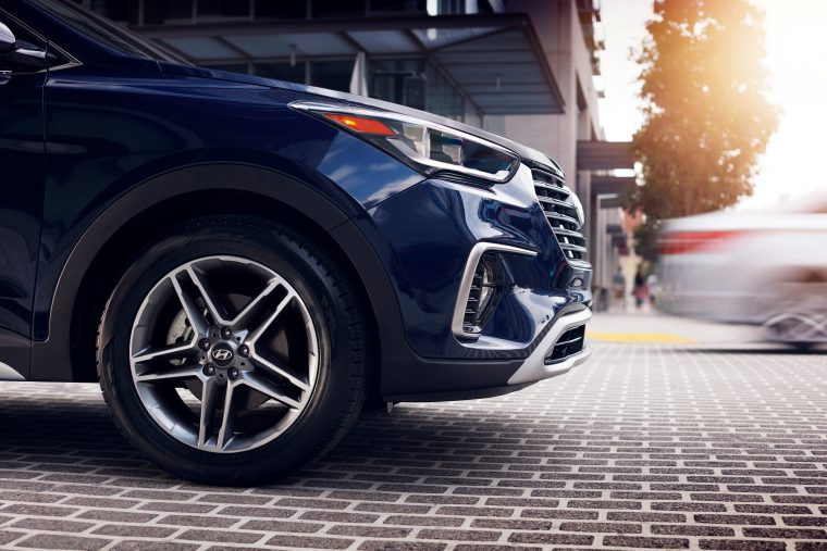 2018 Hyundai Santa Fe overview crossover SUV details wheel tire