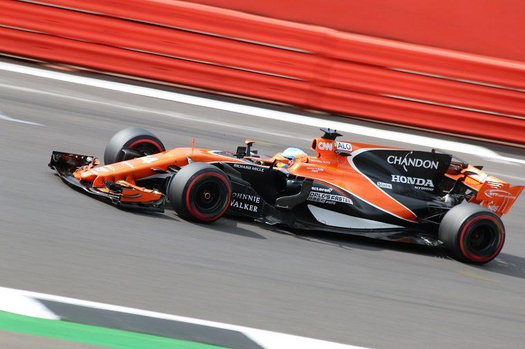 Fernando Alonso in McLaren Honda MCL32