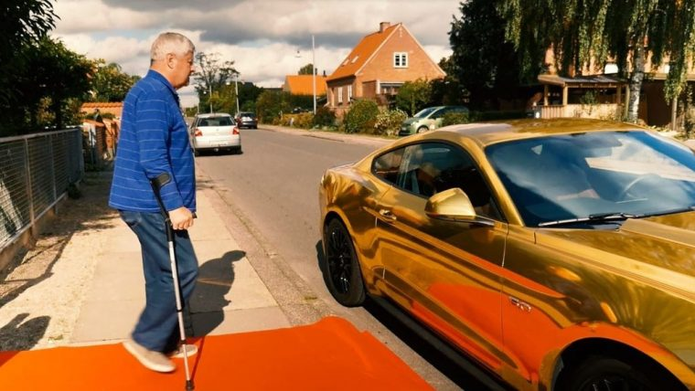 Golden Ford Mustang