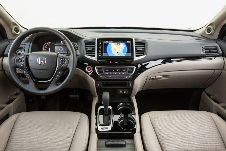 2018 Honda Ridgeline compact pickup truck overview details interior cabin design features