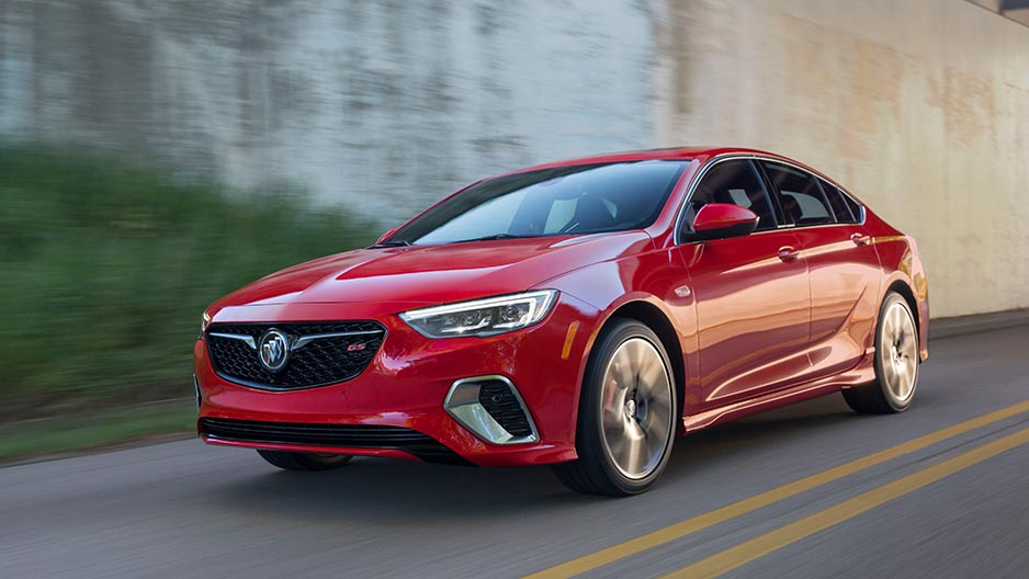 2018 Buick Regal Sportback Overview - The News Wheel