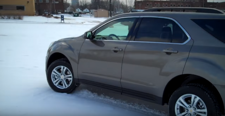 chevrolet equinox snow