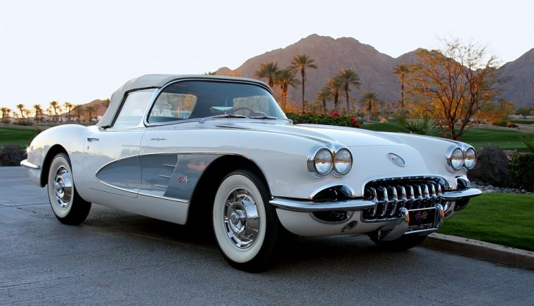 1960 Chevrolet C1 Corvette Fuelie white