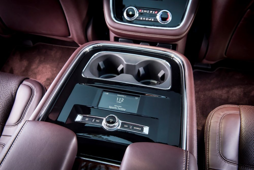 2018 Lincoln Navigator Model Overview family luxury SUV specs features details radio controls