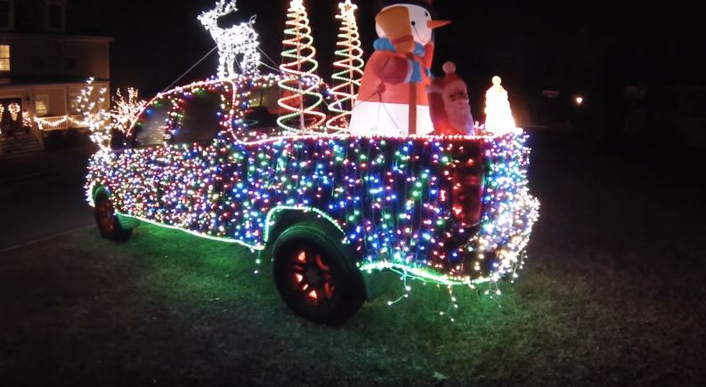 GM Engineers Confirm That Holiday Decorations for Your Car ...