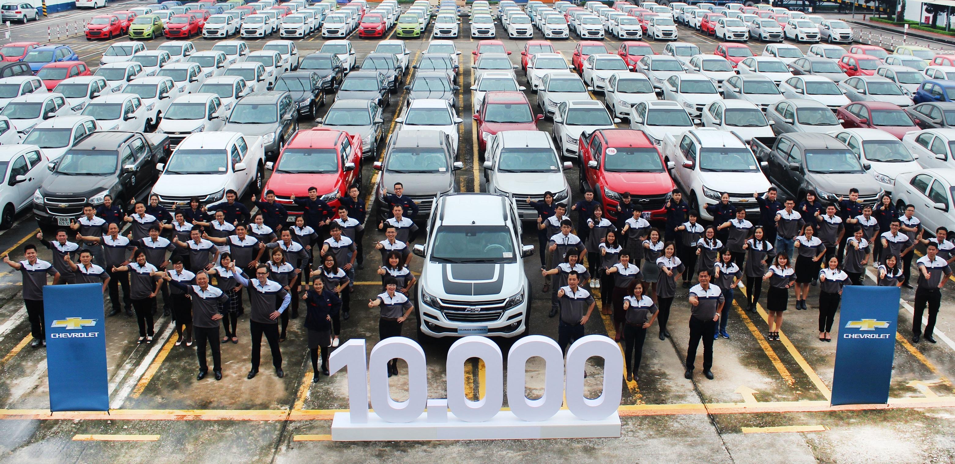 Chevrolet Vietnam Sells 10,000th vehicle in 2017
