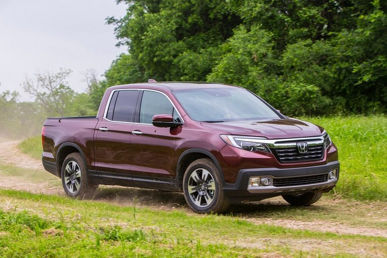 Honda Ridgeline Named Best Mid Size Pickup Truck By Car And Driver
