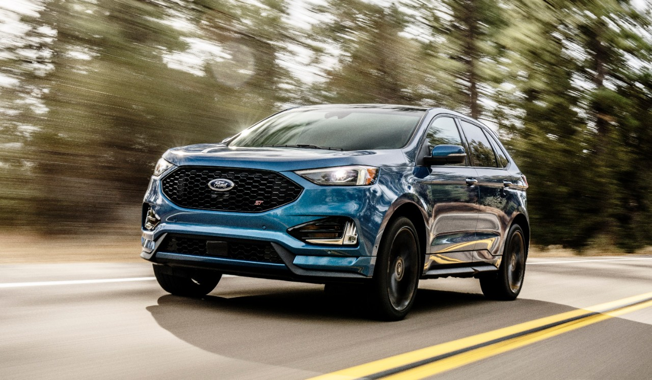 [PHOTOS] So, Uh, The 2019 Ford Edge ST Is a Thing That is ...