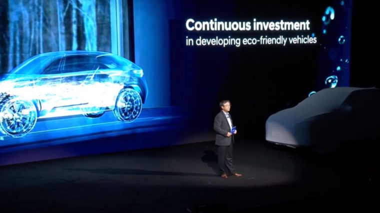Hyundai NEXO fuel cell vehicle crossover new model release reveal CES Show 2018 (2)
