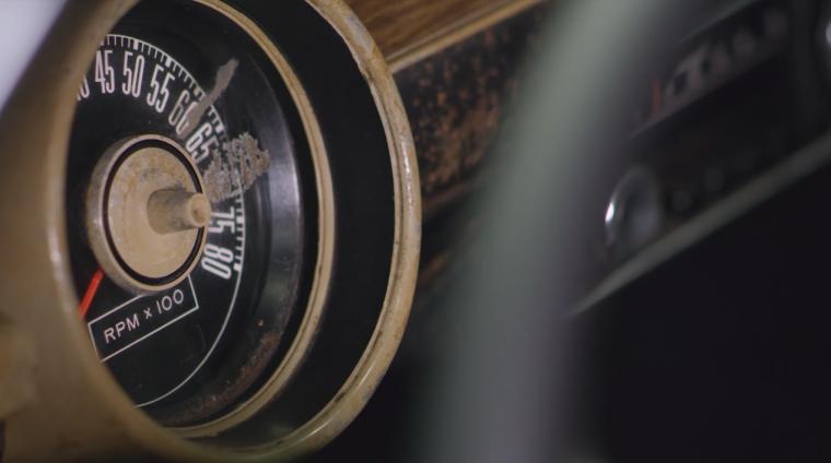 Ford Mustang Bullitt tachometer
