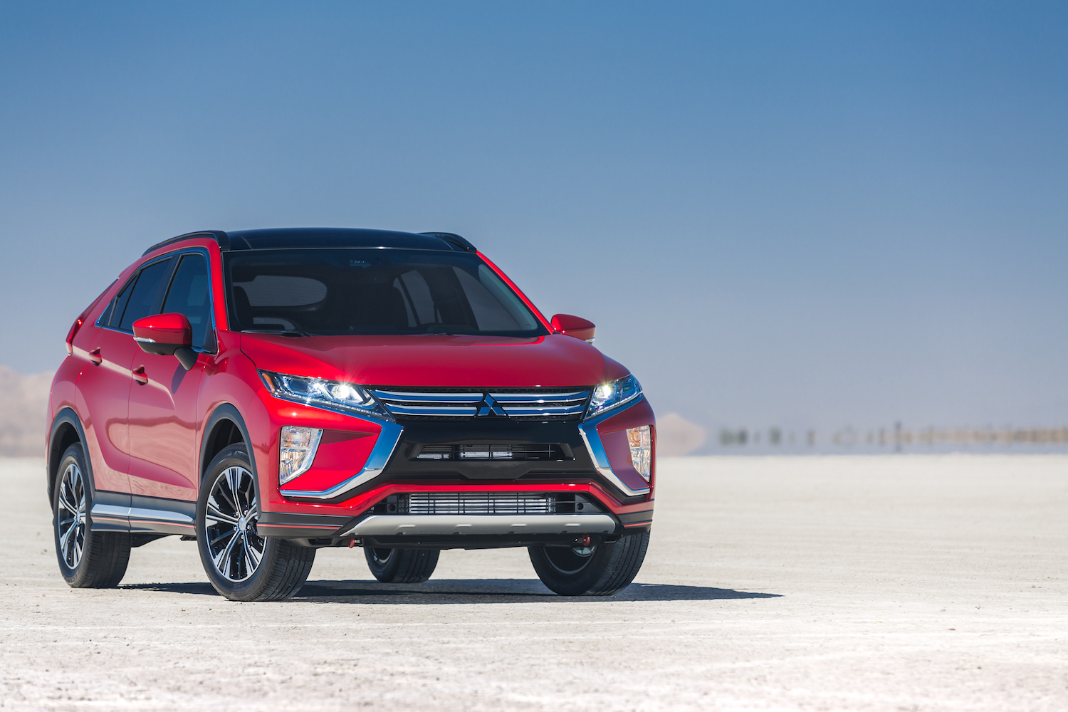 2018 Mitsubishi Eclipse Cross Overview - The News Wheel