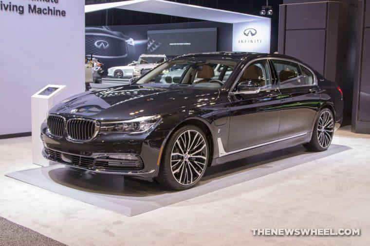 2018 BMW 740e xDrive iPerformance 7 Series Chicago Auto Show CAS