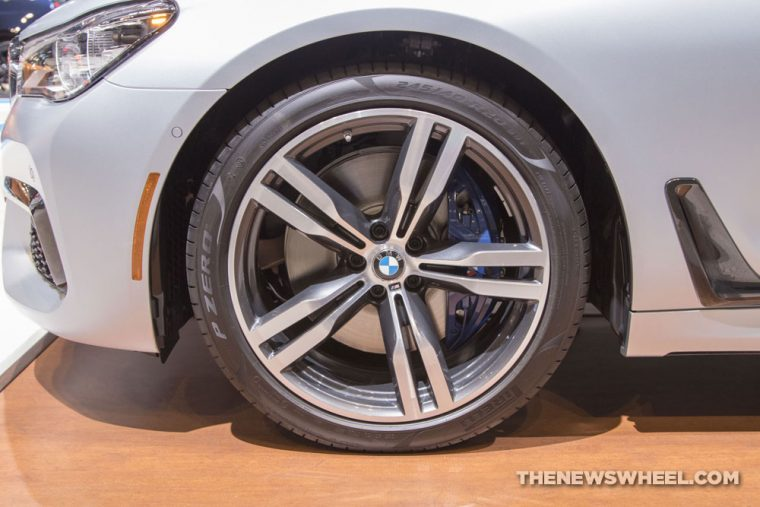 2018 BMW 750i xDrive 7 Series Chicago Auto Show CAS