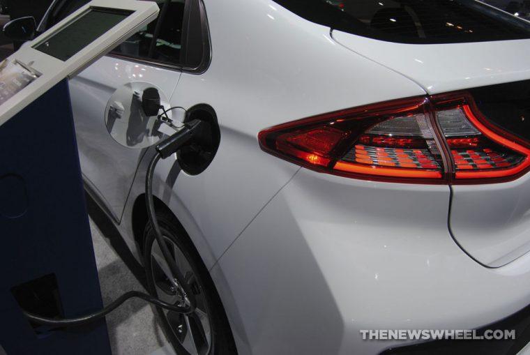 2018 Hyundai Ioniq plug-in electric car Chicago Auto Show (5)