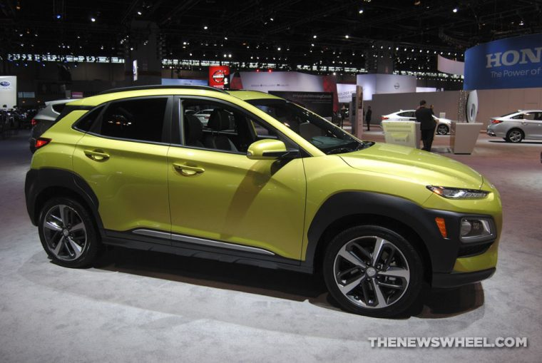 2018 Hyundai Kona urban crossover compact SUV new vehicle outdoor (3)