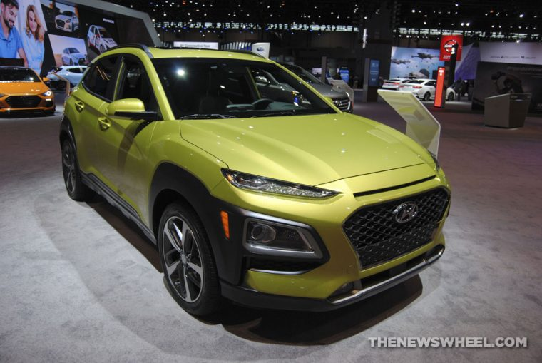 2018 Hyundai Kona urban crossover compact SUV new vehicle outdoor (5)
