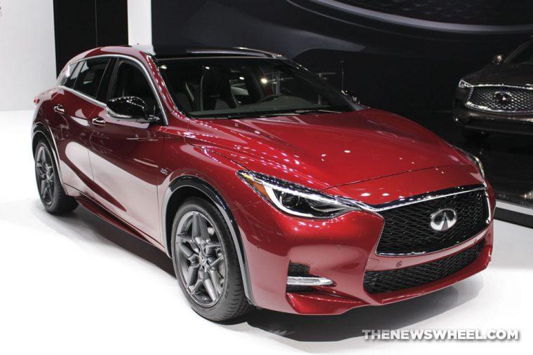 2018 INFINITI QX30 S Chicago Auto Show CAS